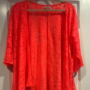 LuLaRoe Lindsay Coral Lace Kimono Small BEAUTIFUL